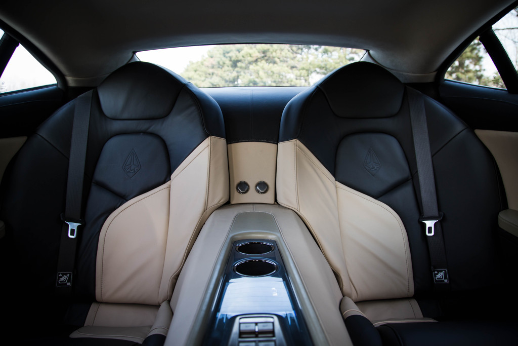 Destino Interior – Back Seats